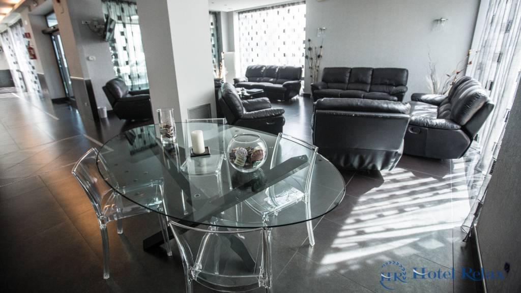 hotel-relax-roma-hall-8838