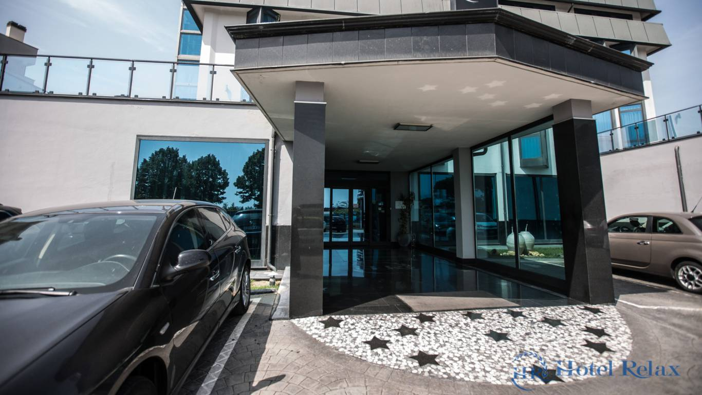 hotel-relax-rome-entry-8866