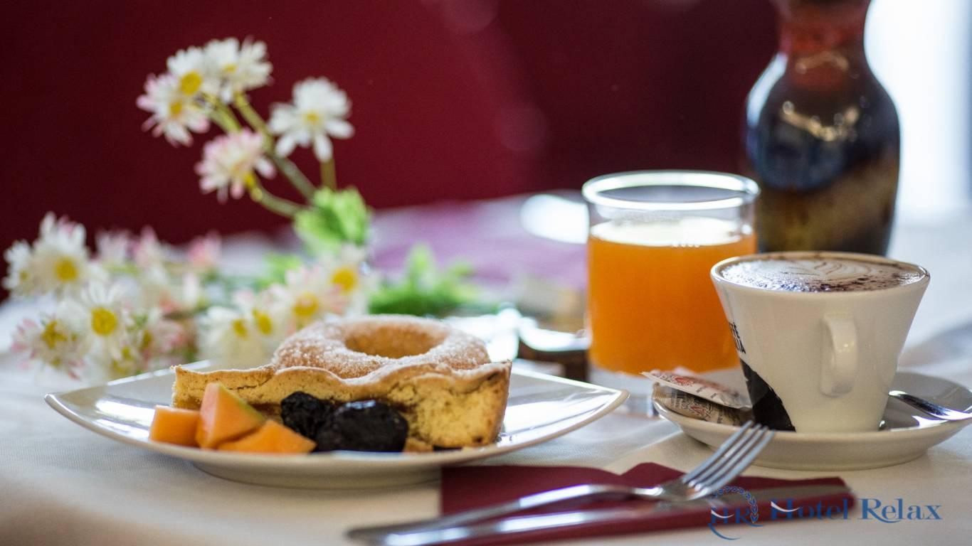 hotel-relax-rome-breakfast-9299